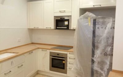 Kitchen refurbishment preserving vintage style and original structures